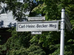 Carl-Heinrich-Becker-Weg in Berlin-Steglitz – in dem Becker aber nicht wohnte