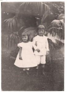 Ully und Harry Becker 1901 in Osterholz, wo der Vater nun Landrat war bis 1933