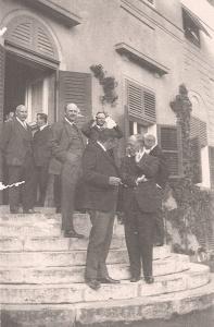 Becker im Gespräch bei einem Empfang 1920er Jahre in Berlin