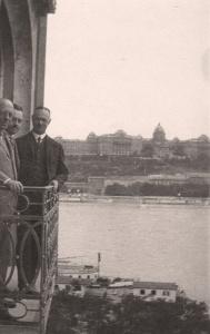 C. H. Becker ( in Budapest, 1920er Jahre mit Robert Gragger, dem Direktor des Collegium Hungaricum in Berlin?)